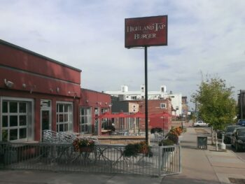 Highlnads Tap And Burger Denver