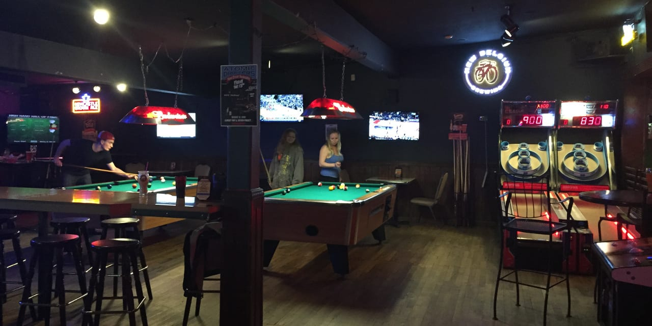 Lakewood Grill Pool Tables