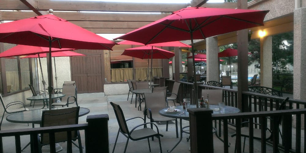 Wood River Restaurant Amp Bar Specials Colfax Happy Hours
