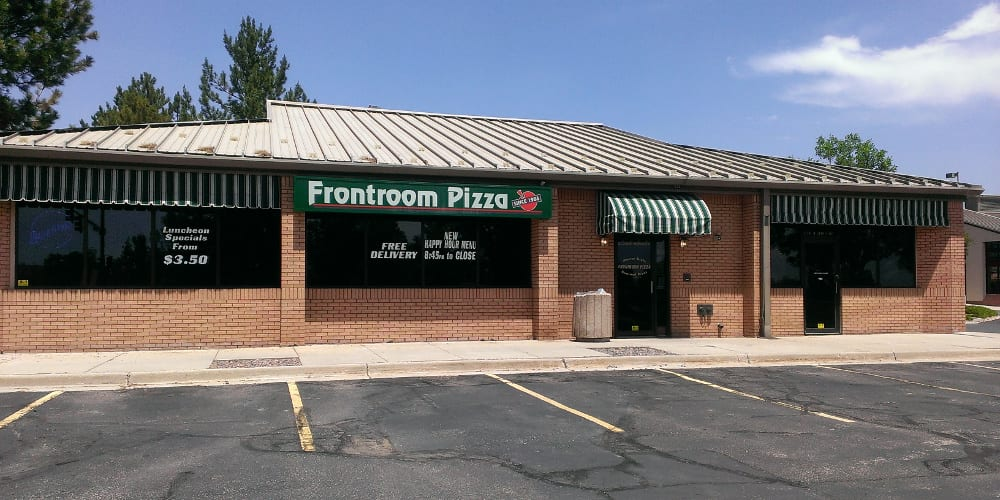 Frontroom Pizza Lakewood