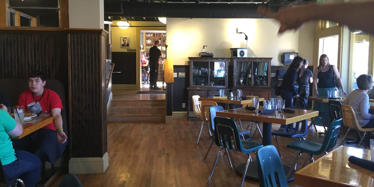 School House Kitchen Libations Arvada Dining Area