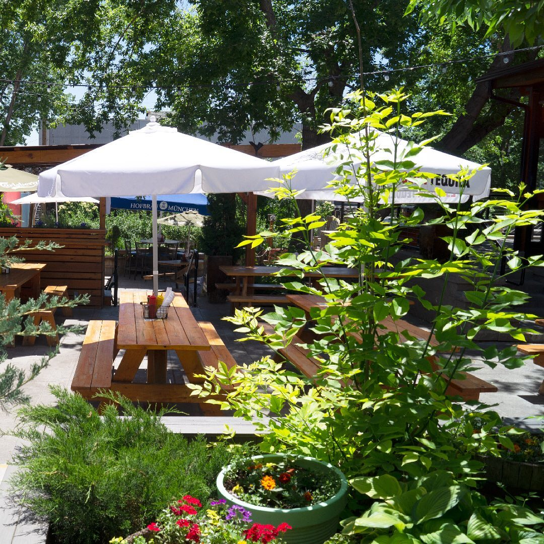 recess beer garden denver