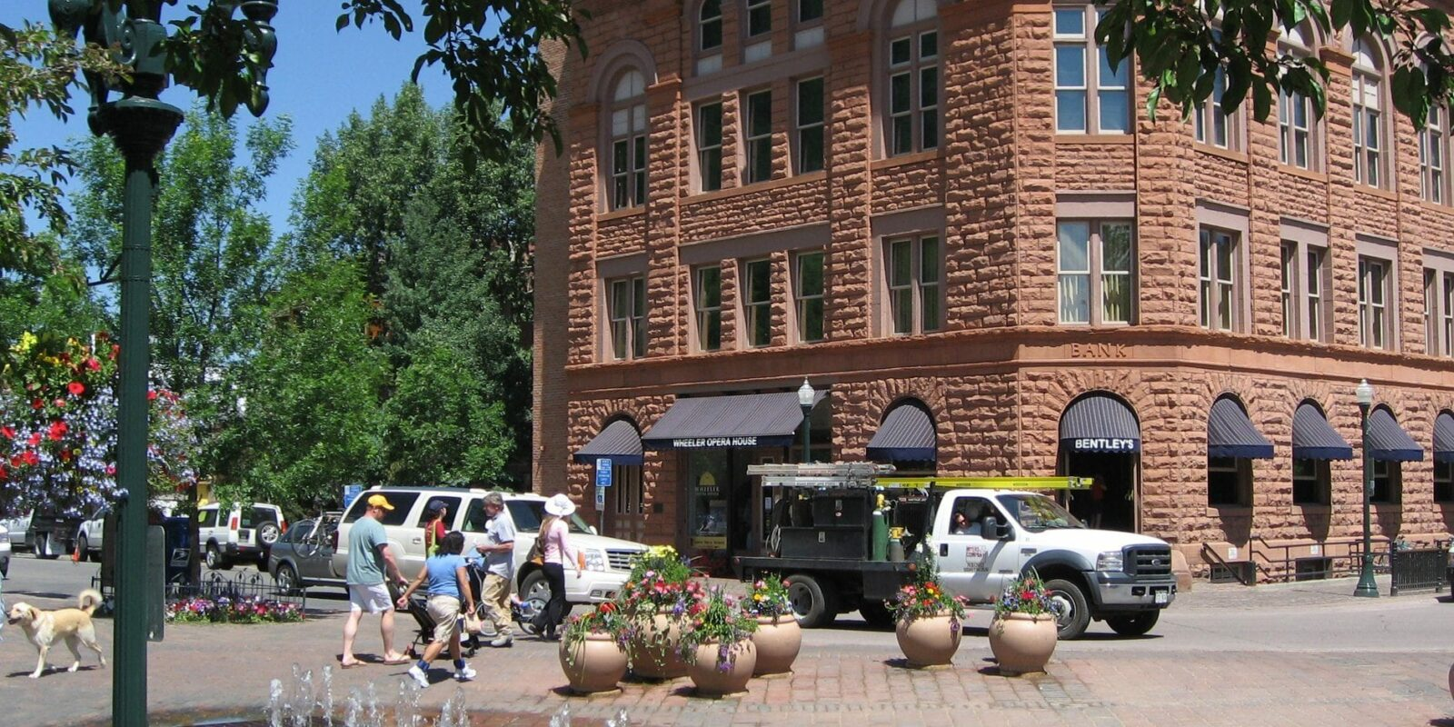 image of downtown aspen