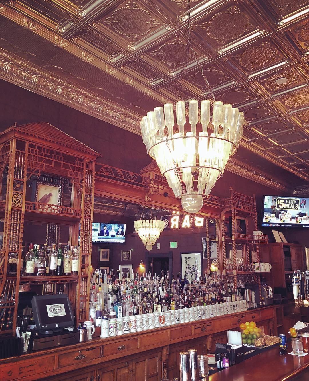 image of j-bar hotel jerome