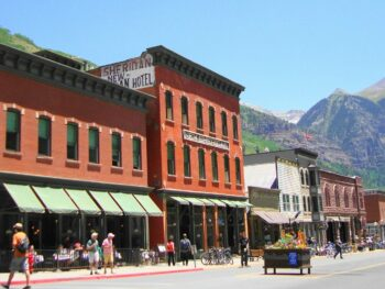 image of telluride downtown