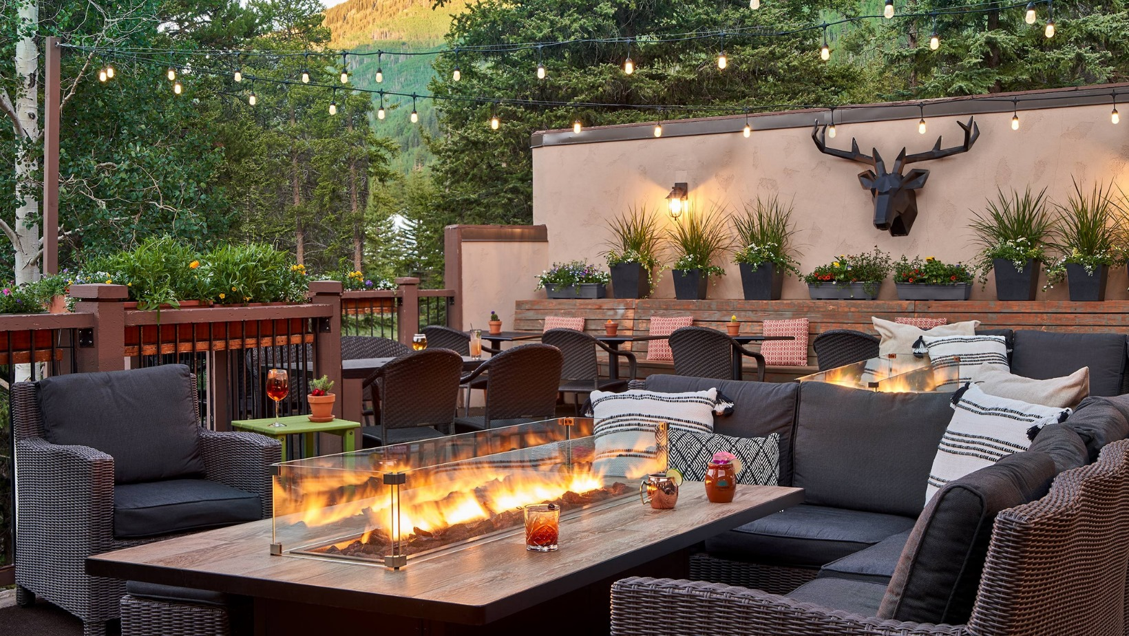image of the fitz bar in vail